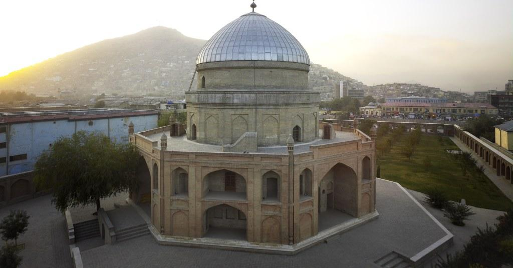 The-tomb-of-Timur-Shah-Kabul
